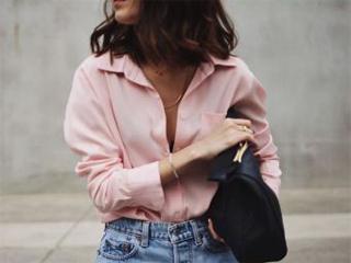 Η κυριαρχία του ροζ στο street style και αυτή τη σεζόν